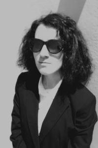 Η Καλλιρρόη Βολονάκη με εμπειρία σε ελληνική startup, πιστοποιημένη digital marketer από το Facebook και έχοντας διαβάσει πάνω από 30 βιβλία για Marketing, πωλήσεις και business και θα συμμετέχει σαν νέα web content writer στην ομάδα του Agoralogies